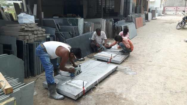 Preparing Granite Benches 75mm thickness Ahmedabad Gujarat India Export (3)